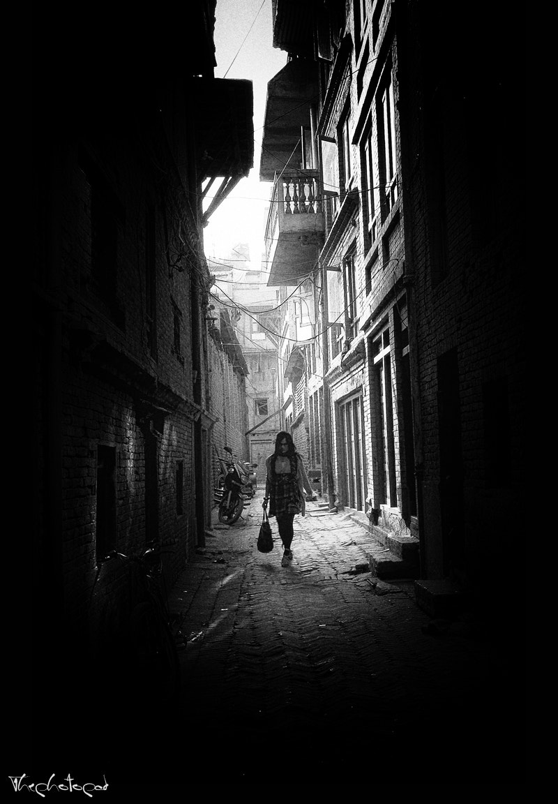 Photograph The Woman In The Alley by Sameer pas on 500px