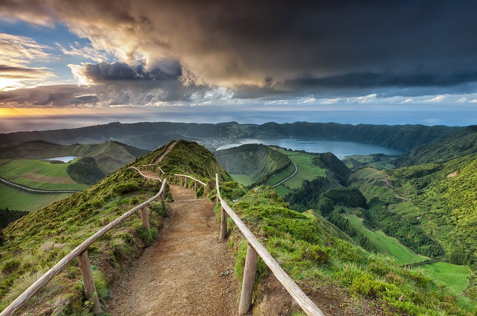 Photograph Way to paradise by Jorge  Feteira on 500px