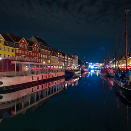 Calm Night in Nyhavn, Panasonic DMC-GX7, Lumix G Vario 7-14mm F4.0 Asph.