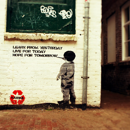 Learning from Banksy, Sony NEX-5, Tamron 18-200mm F3.5-6.3 Di III VC