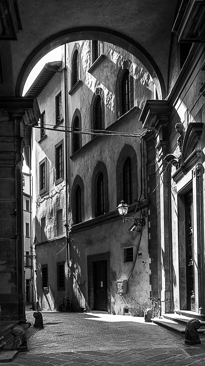 Photograph small alley in Florence, Italy by Harald Longerich on 500px