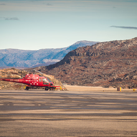 Airport in Greenland, Canon EOS 70D, Canon EF 100mm f/2.8 Macro