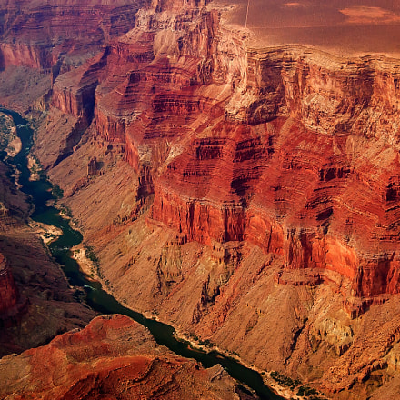 Closer Look-Grand Canyon Aerial, Nikon D50, AF-S DX Zoom-Nikkor 18-55mm f/3.5-5.6G ED