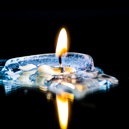 Candle on Ice, Canon EOS 80D, Tamron SP 70-300mm f/4.0-5.6 Di VC USD