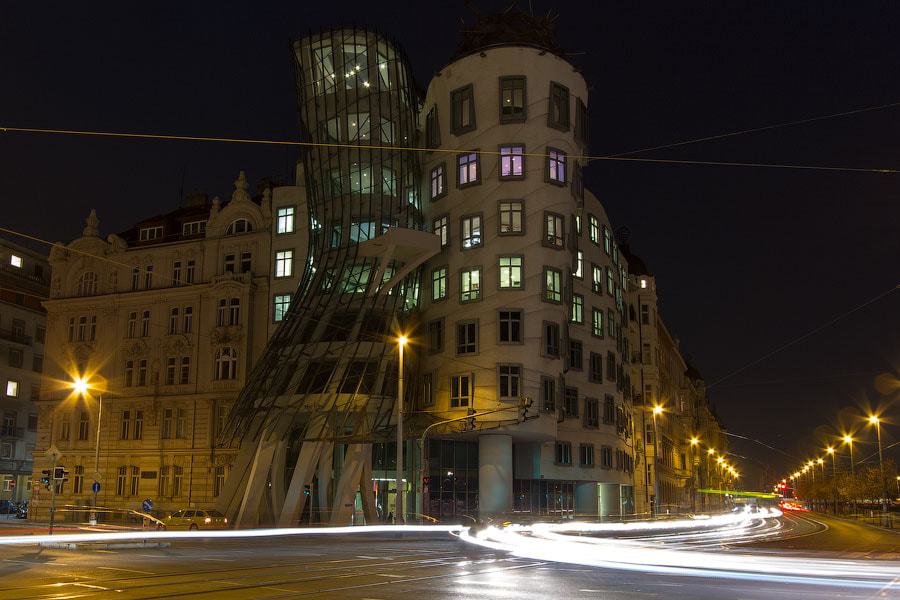 Photograph Dancing House by Alexander Dragunov on 500px