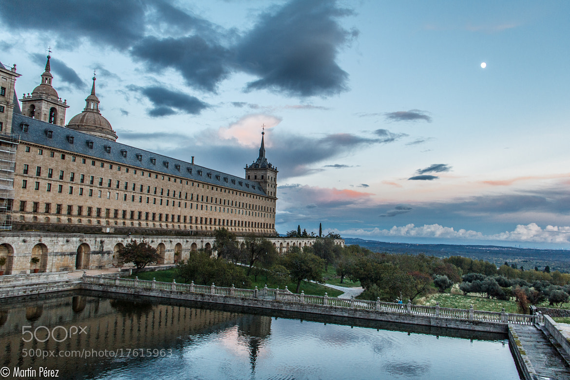 Photograph monastery of El Escorial - Madrid by Martín Pérez on 500px
