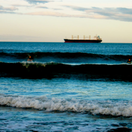 The Waves came in, Canon IXUS 300 HS