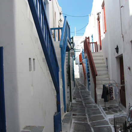 Street on Mykonos, Canon POWERSHOT SX10 IS