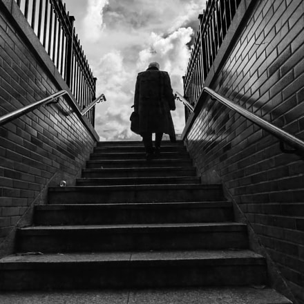 lonely man, Canon EOS 5D MARK III, Sigma 20mm f/1.4 DG HSM | A