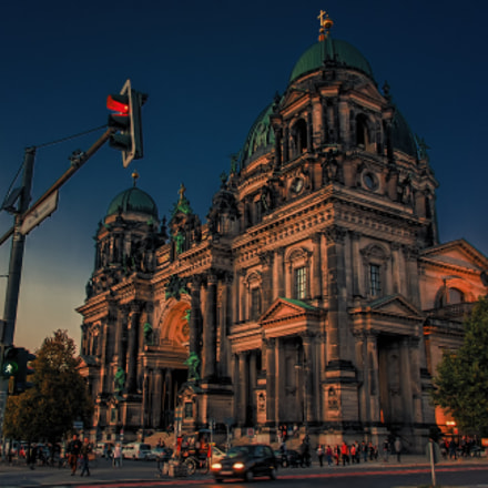 Berlin Cathedral ..., Canon EOS 400D DIGITAL, Sigma 18-125mm f/3.8-5.6 DC OS HSM