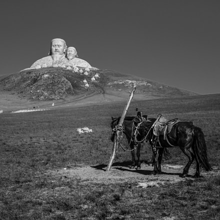 Two Steeds of Genghis, Sony NEX-7, 16-35mm F4 ZA OSS