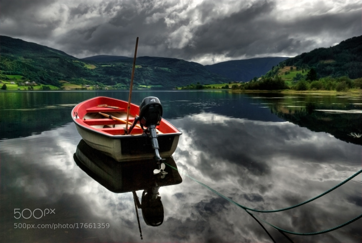 Photograph Boat reflection by César Asensio Marco on 500px