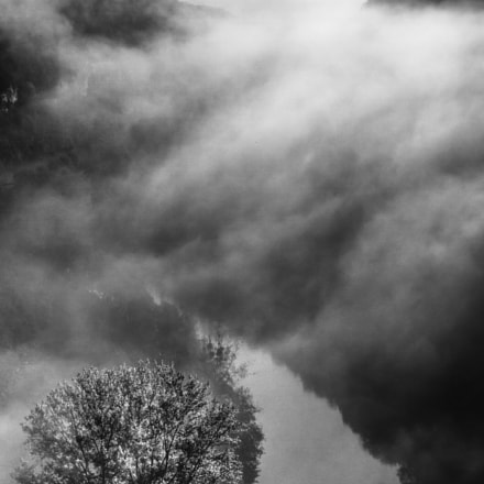 Mist over the Loue, Canon EOS 7D, Canon EF 35mm f/2 IS USM