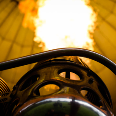 Balloning gas burner, Canon EOS 700D, Canon EF-S 24mm f/2.8 STM