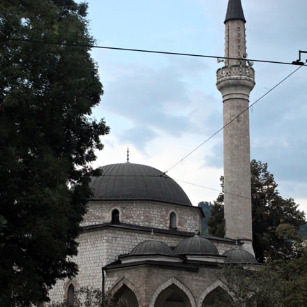 A mosque in Sarajevo, Canon EOS 1100D, Canon EF-S 18-55mm f/3.5-5.6 III