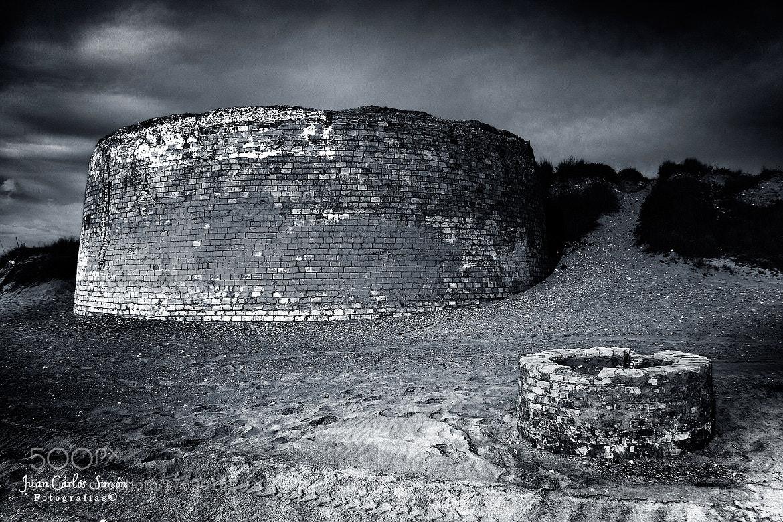 Photograph  ladrillos en la arena (bricks in the sand) by Juan Carlos Simón on 500px