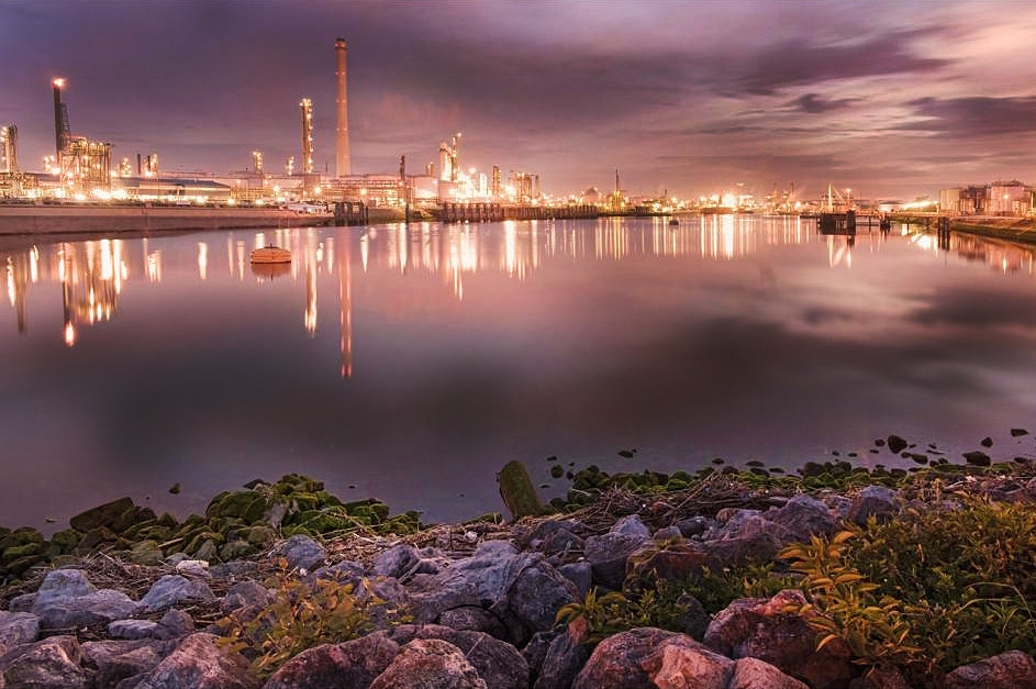 Photograph industrial night by Patrick Strik on 500px
