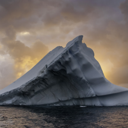 Iceberg, sunset, south of, Canon EOS 10D