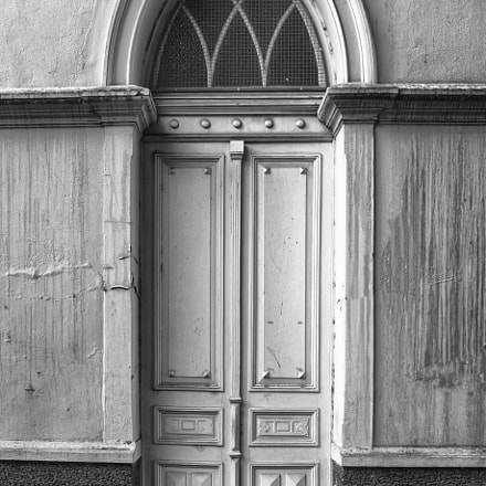 Old door, Nikon D5200, Sigma 18-35mm F3.5-4.5 Aspherical