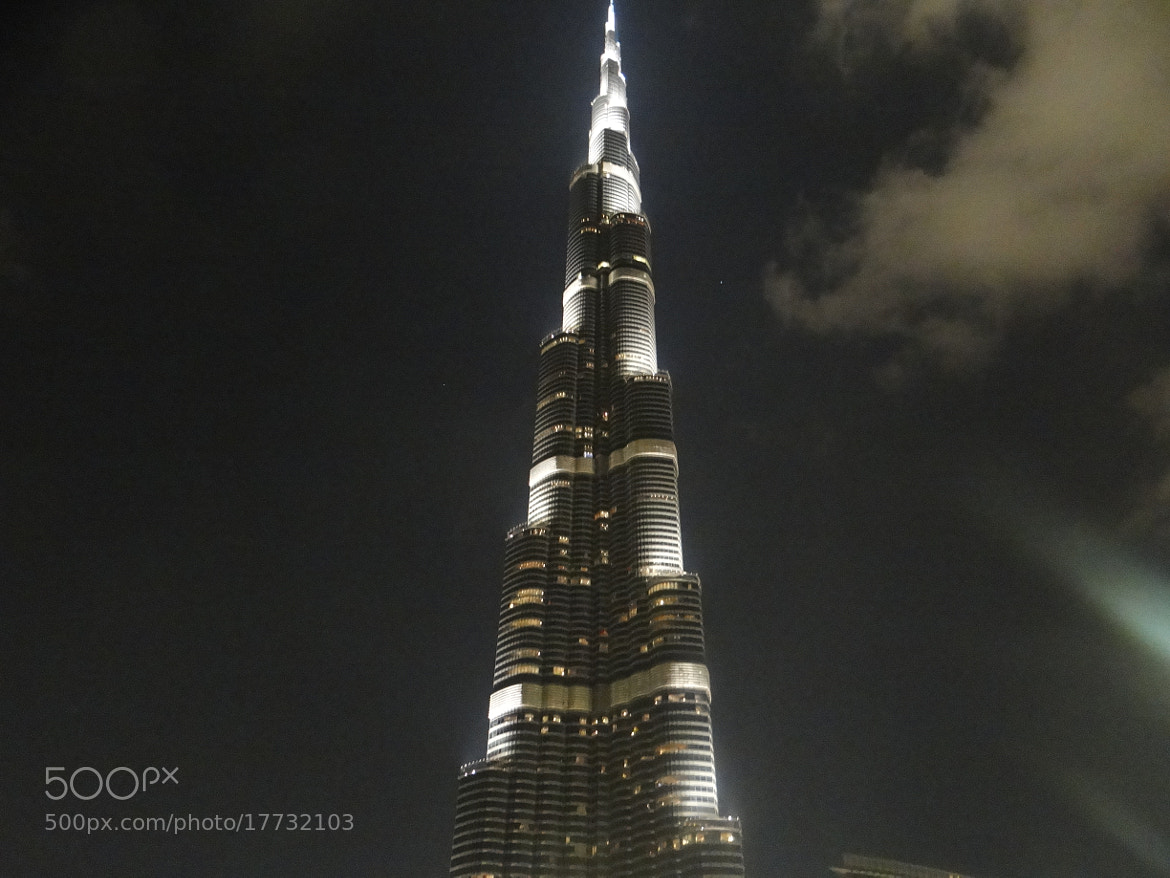 Photograph World's Tallest Building by Mustafa Bastaki on 500px