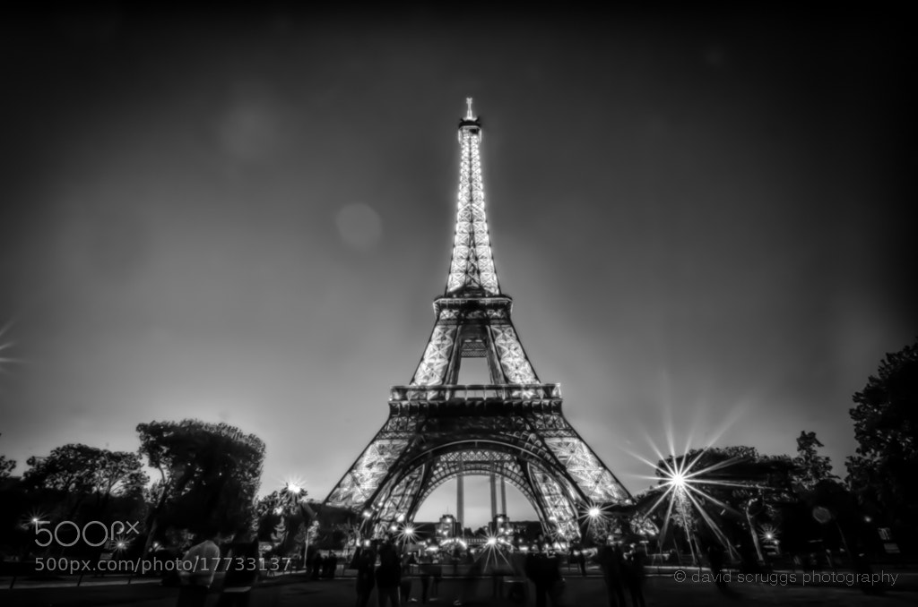 Photograph Tour de Eiffel by David Scruggs on 500px