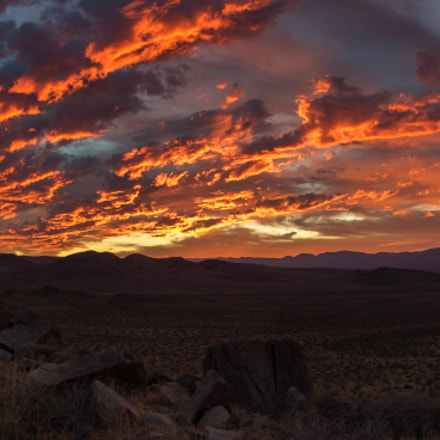 Fire in the sky., Canon EOS 7D MARK II, Canon EF-S 17-55mm f/2.8 IS USM
