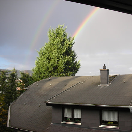 two rainbows over tree, Nikon COOLPIX S6