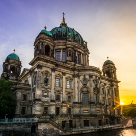 Berliner Dom sunset