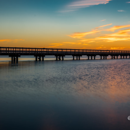 Sunset at the pier, Canon EOS 7D MARK II