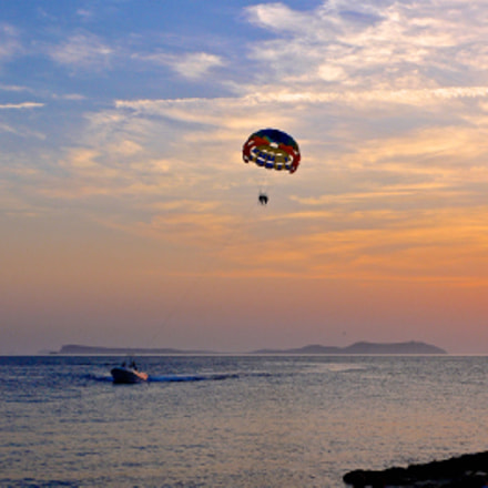 Sunset with parasail, Panasonic DMC-LX1