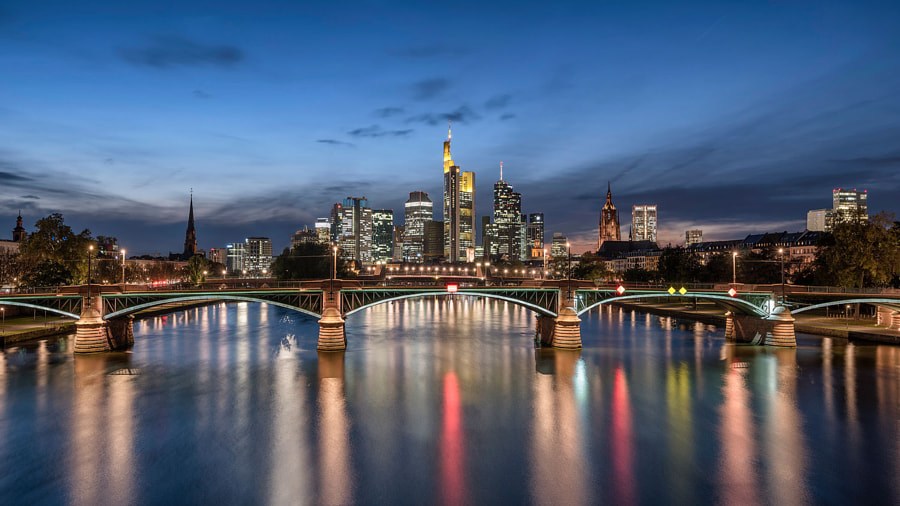 Frankfurt Skyline by Pascal Schirmer on 500px.com