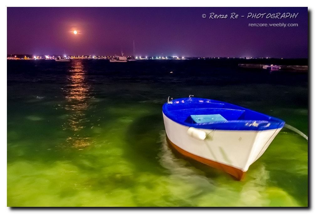 Photograph © Porto Cesareo - The Boat by Renzo Re on 500px