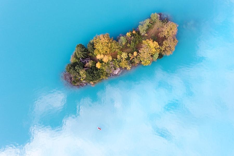 Island exploration by Chris Herzog on 500px.com