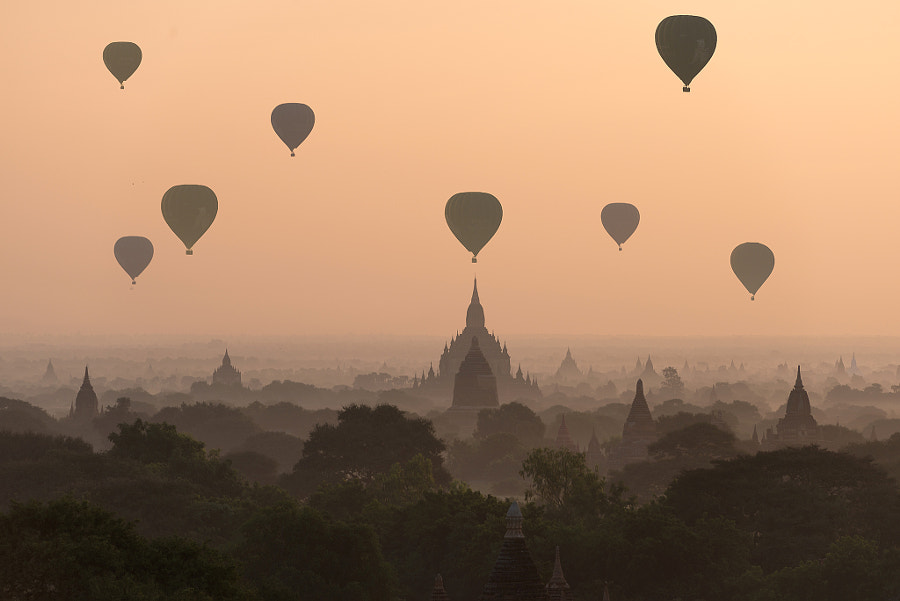 Bagan, balloons flying over ancient temples by Sarawut Intarob on 500px.com