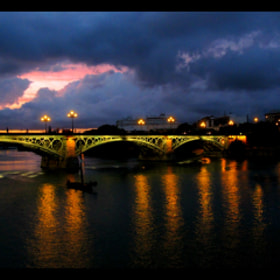 Guadalquivir by night by Lola Mento Mucho (LolaMento)) on 500px.com