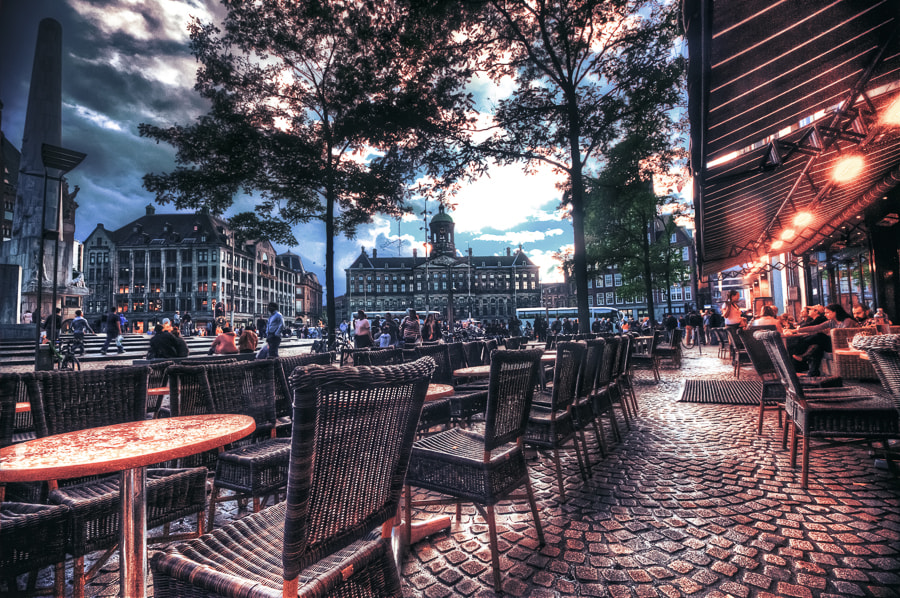 Photograph Majestic Cafe by Bruce Noronha on 500px
