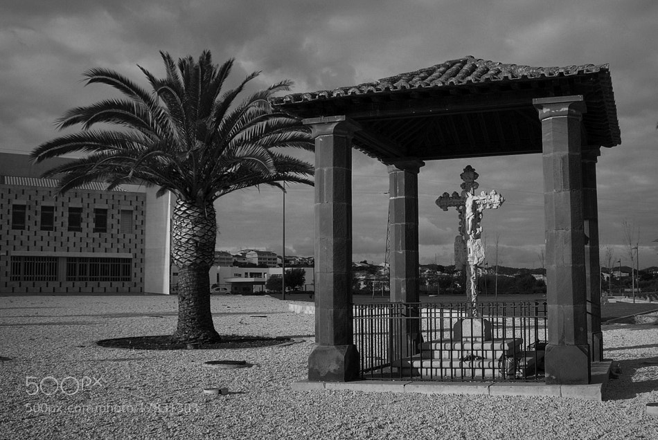 Photograph Cruz de Portugal by José Costa on 500px