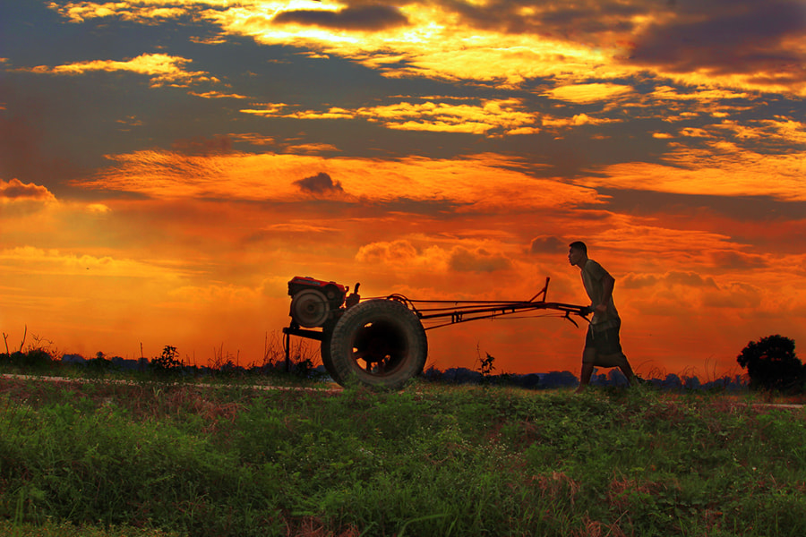 Photograph Back home by Prachit Punyapor on 500px