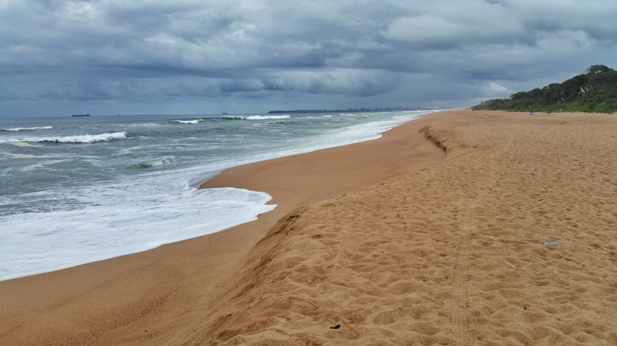 Morning on an empty beach at Umhlangs Rocks