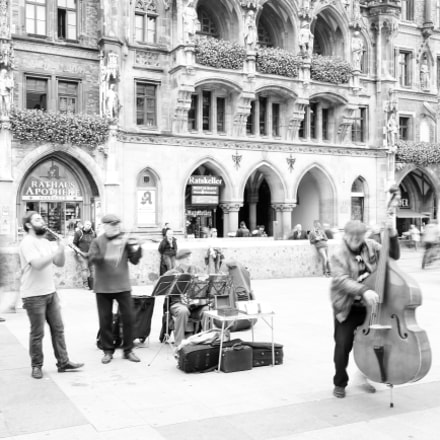 The street band show, Canon EOS 6D, EF16-35mm f/4L IS USM