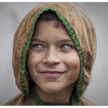 Hooded boy, Canon EOS 5D, Canon EF 200mm f/2.8L