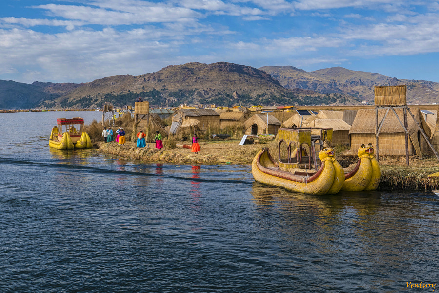 LOS UROS by Ventury Suñé on 500px.com