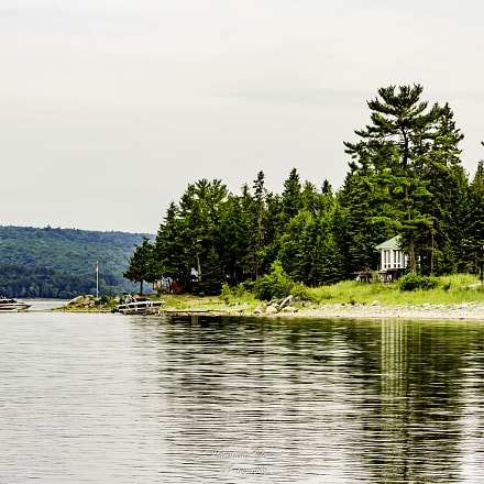 Cottage on the Ottawa River