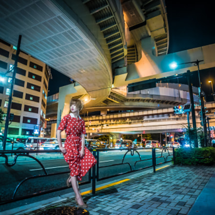 Junction and woman, Nikon D750