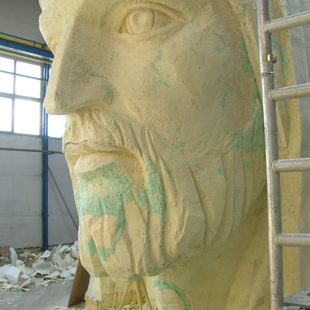 the head of the statue in Swiebodzin