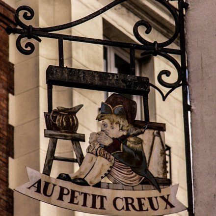 Café Sign in Paris, Panasonic DMC-FZ2