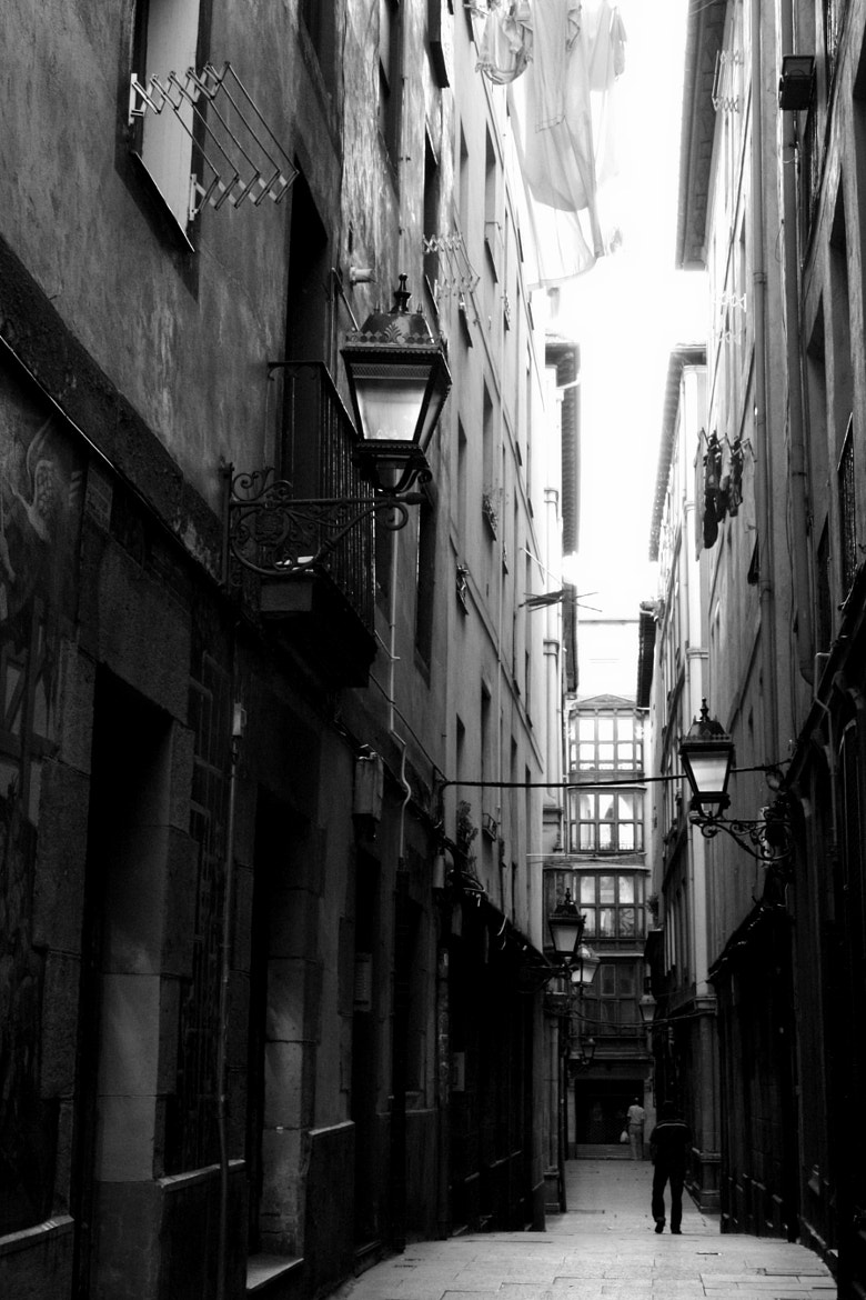 Photograph Calle by pedrommesquita on 500px