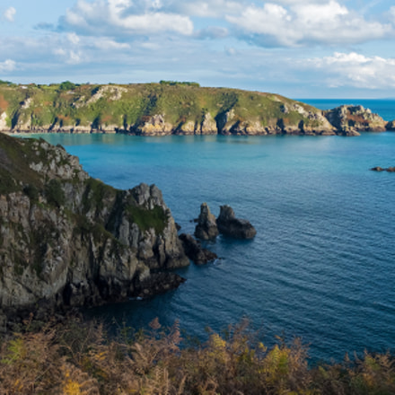 Towards Moulin Huet, Guernsey.