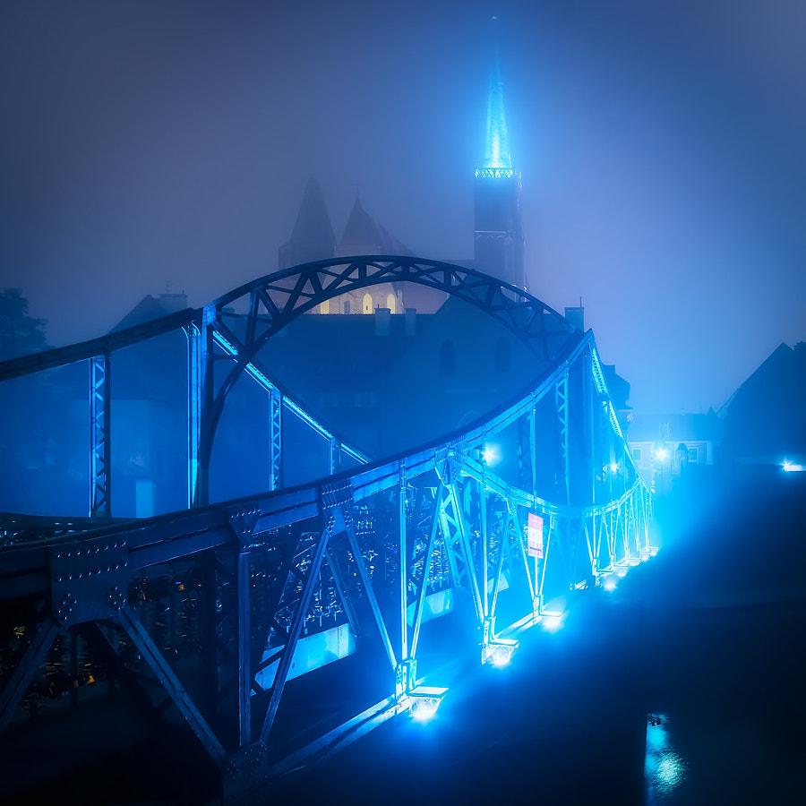 Bridge to otherworlds