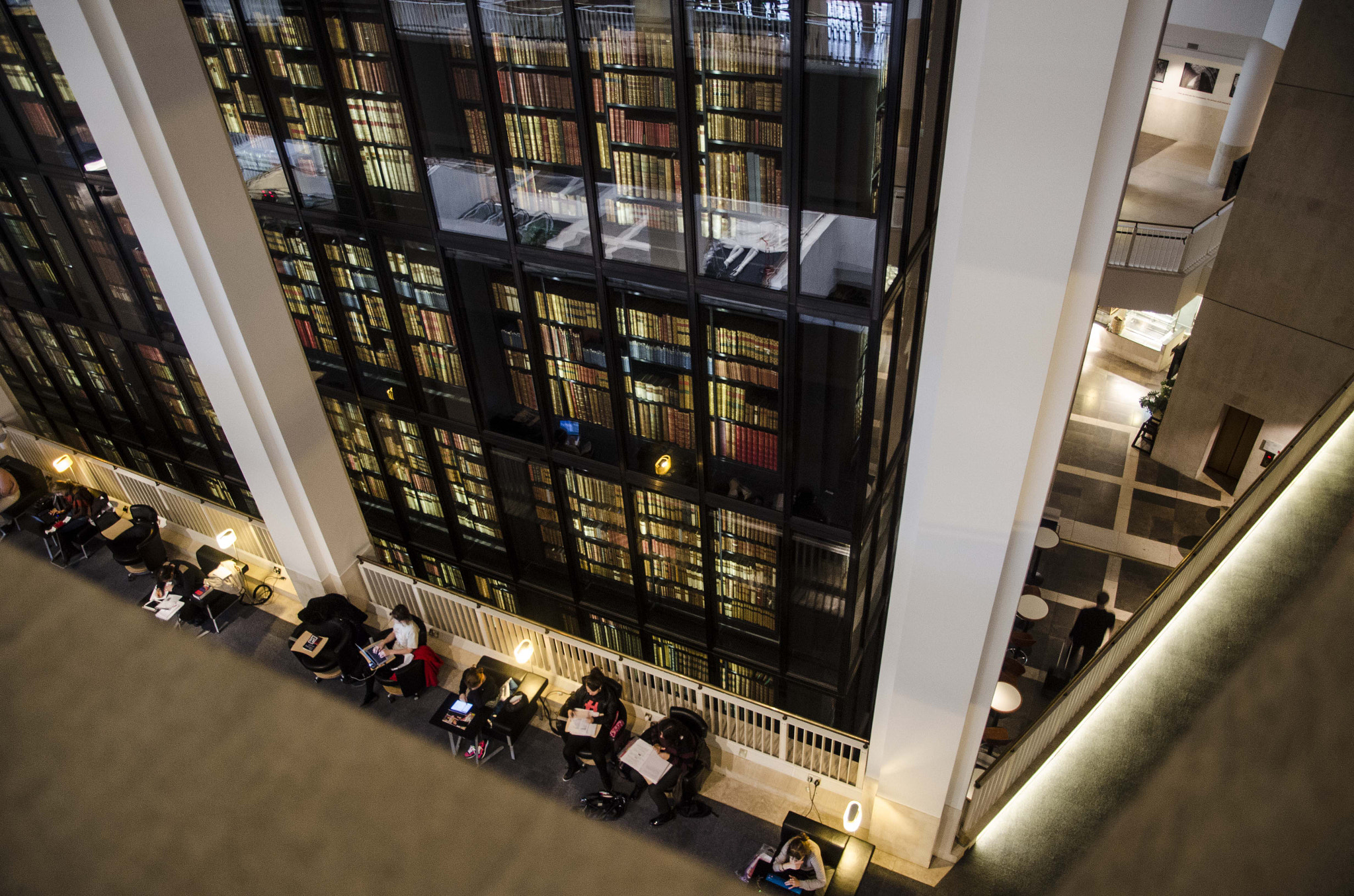 Photograph British Library Reading Hall by David Trotter on 500px